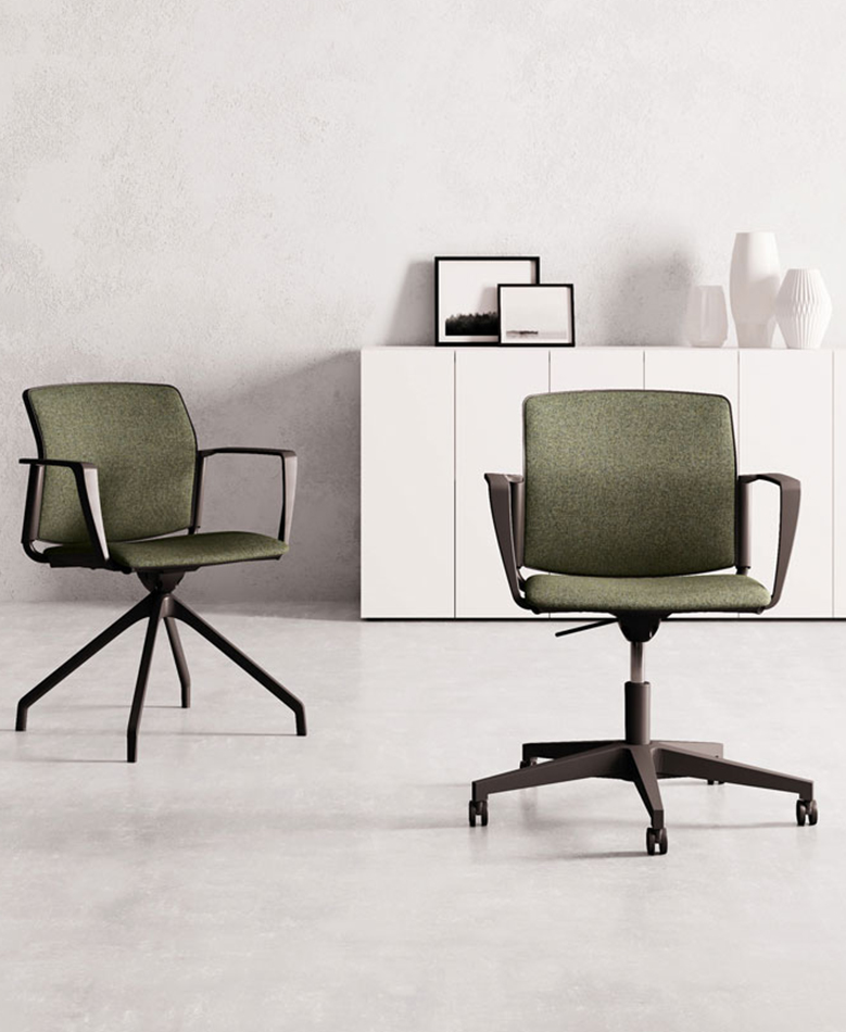 chaise F03